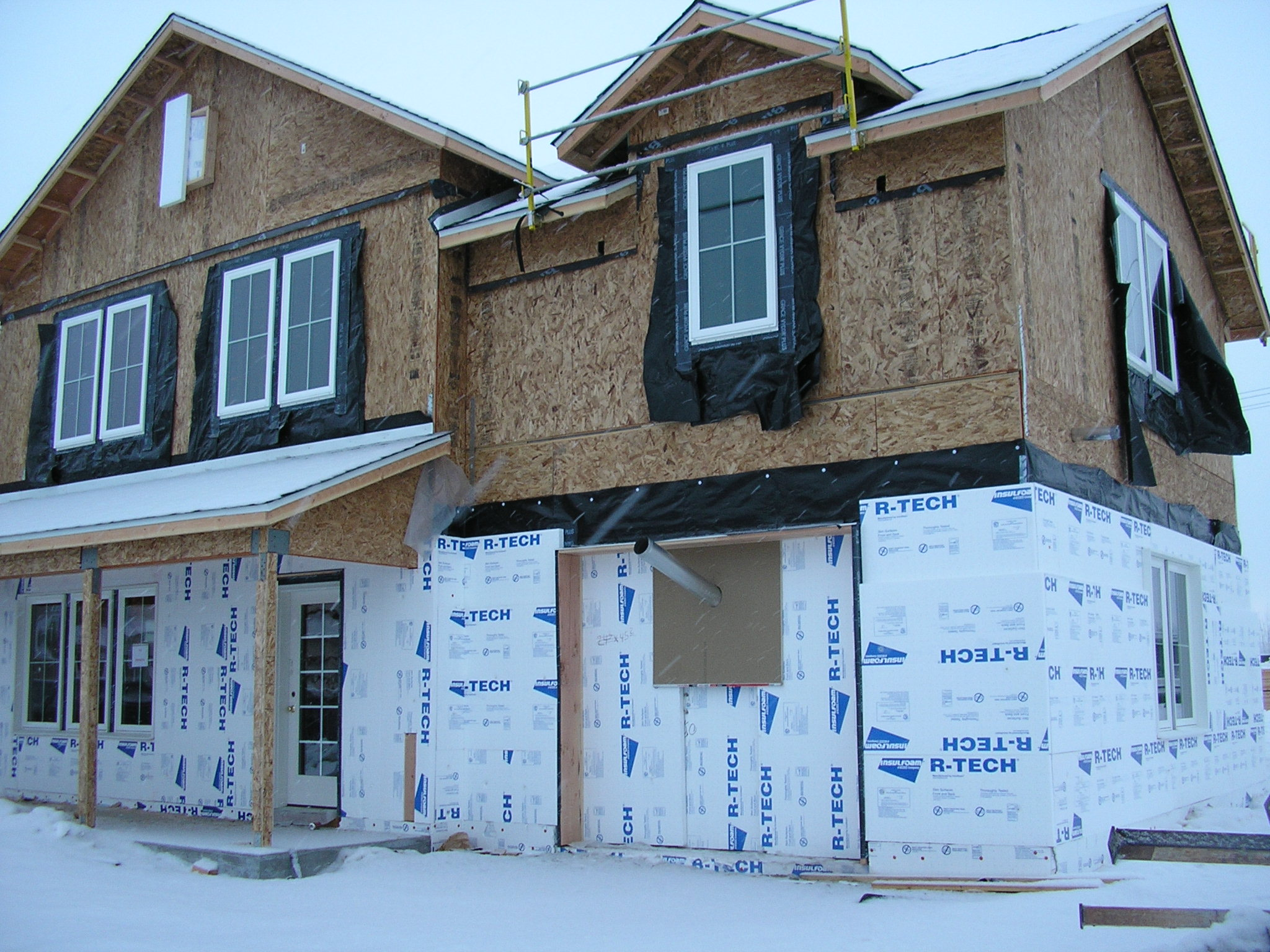 R-Tech® EPS Insulation Keeps Military Housing Warm in Sub-Arctic Regions