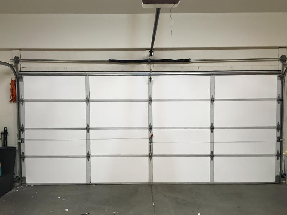 Garage door installation kits shop wayne dalton 9 ft for 10 x 7 garage door canada