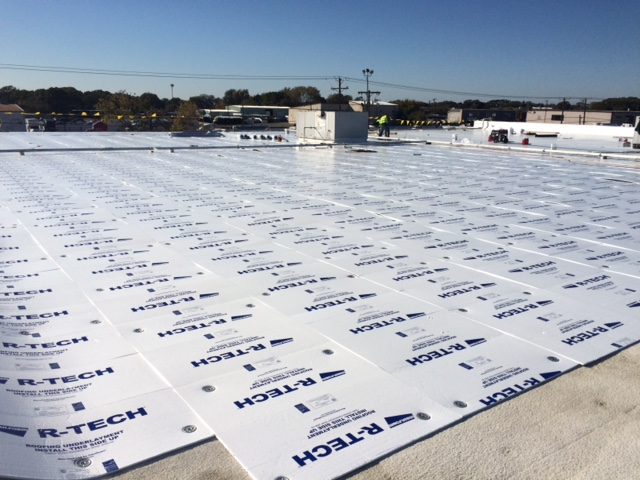 R-Tech Roof Insulation Fanfold Bundles Save Time & Money
